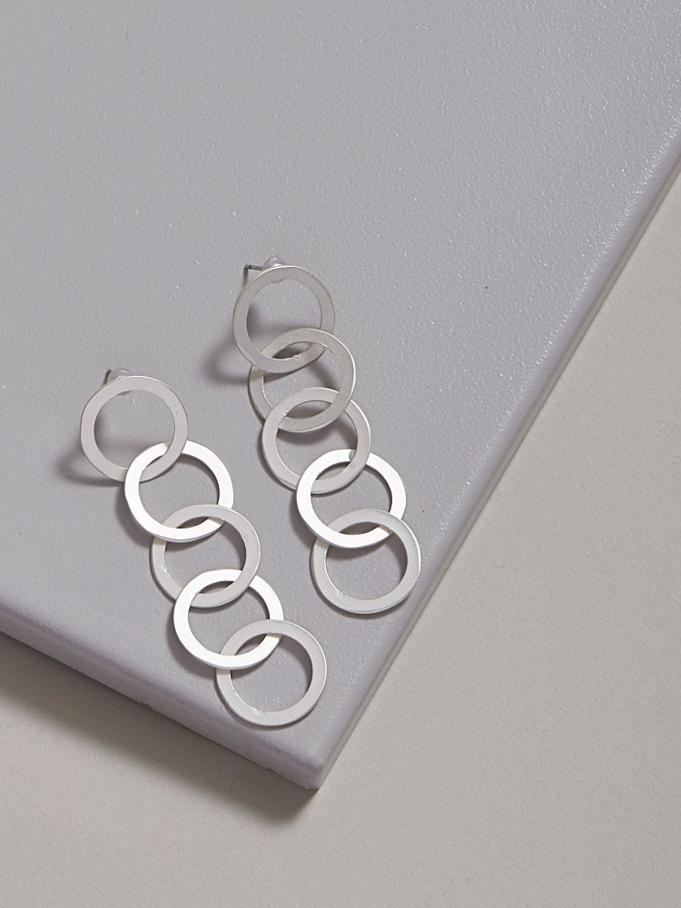Silver Intertwined Circle Earrings
